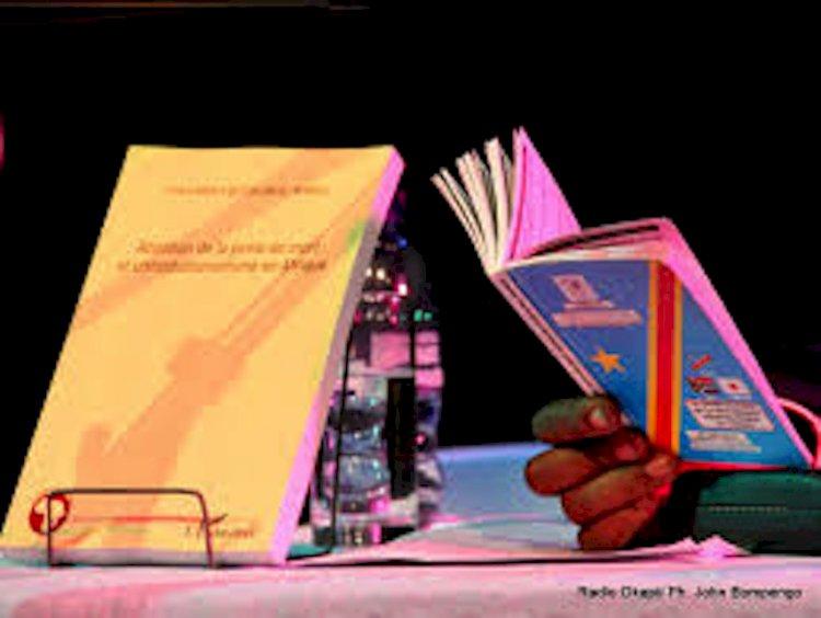 Constitution de la RDC du 18 février 2006